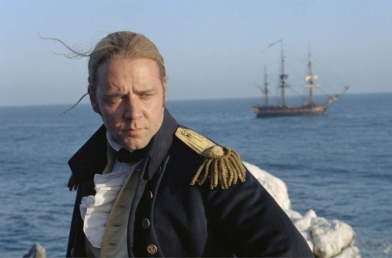 """Der Film """"Master and Commander"""" mit Russell Crowe als Kapitän Jack Aubrey in der Hauptrolle musste Kritik einstecken. Daraufhin meldete sich der Hauptdarsteller persönlich zu Wort."""