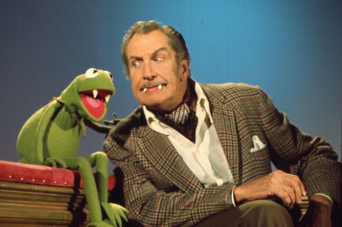 """Während seiner Zeit in der """"Muppet Show"""" traf Kermit viele Stars aus Film, Fernsehen und Showbiz - darunter auch Horrorikone Vincent Price."""