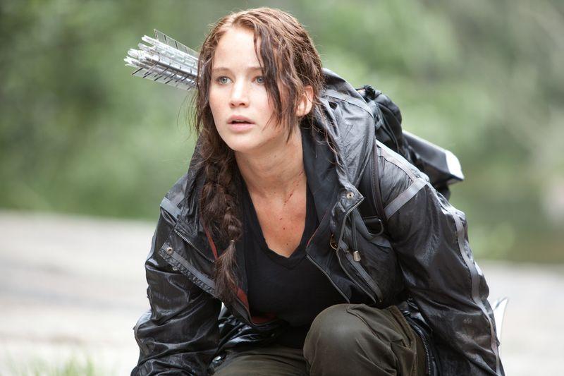 """2012 ging es los mit den """"Hungerspielen"""": Jennifer Lawrence übernahm in der Buchverfilmung um den fiktiven Staat Panem (hier in """"Die Tribute von Panem - The Hunger Games"""", auf DVD und BD erhältlich) die Hauptrolle der Katniss Everdeen."""