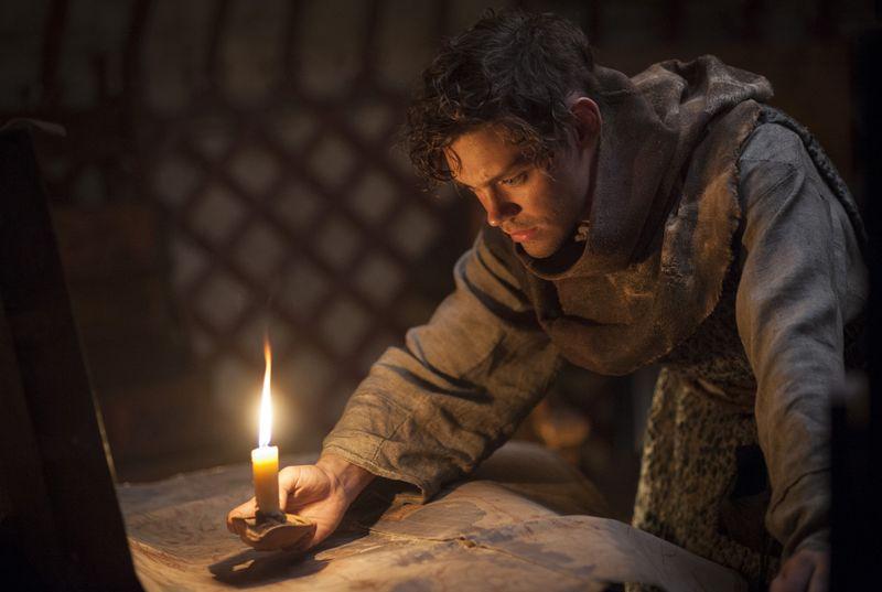 Rob Cole (Tom Payne) plant seinen Weg. Er will zu einem bedeutenden Medizinmann in Persien.