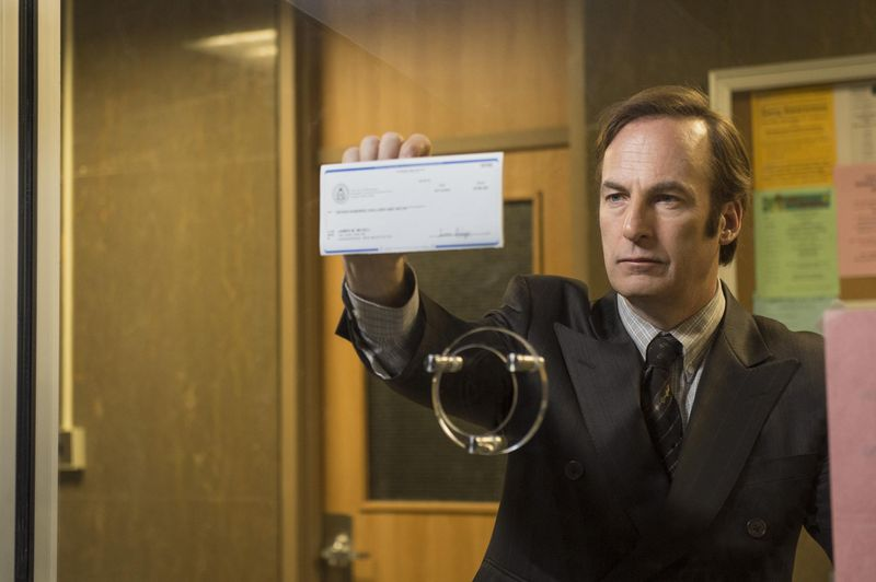 """Von der Kultserie """"Breaking Bad"""" zum eigenen Ableger: Bob Odenkirk gibt in """"Better Call Saul"""" auf Netfilx den schmierigen Advokaten."""