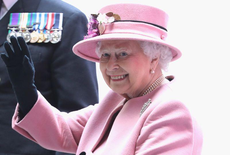 Auf den Namen Elizabeth Alexandra Mary wurde die spätere Queen Elizabeth II. am 29. Mai 1926 getauft. Genannt wurde die sie von ihrer Familie so jedoch selten.
