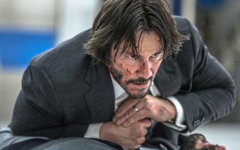 """Bereits dreimal schlüpfte Keanu Reeves in die Rolle des """"John Wick"""", 2022 soll der vierte Teil in die Kinos kommen."""