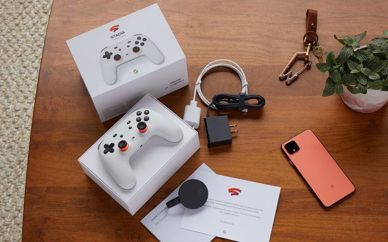 Google verschenkt einen Stadia-Controller und einen Chromecast Ultra an User, die ein Stadia-Spiel zum Vollpreis kaufen.