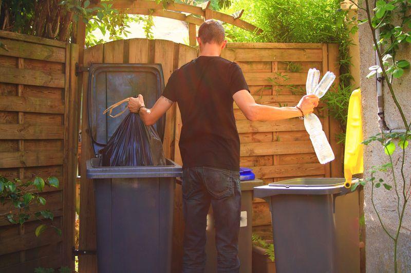 Dass Mülltrennung wichtig ist, liegt natürlich auf der Hand. Doch wissen Sie auch, welcher Abfall in welche Tonne gehört? Die Galerie zeigt Ihnen die klassischen Fehler der Mülltrennung - und wie Sie es besser machen können.