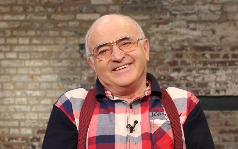 """Ludwig """"Lucki"""" Hofmaier zählte zu den Publikumslieblingen unter den Händlern bei """"Bares für Rares"""". Inzwischen ist der 79-Jährige im wohlverdienten Ruhestand."""