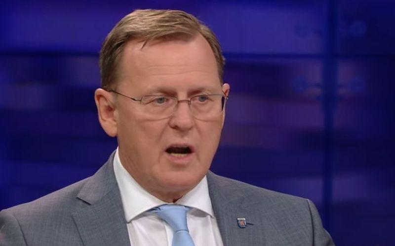"""Der Ministerpräsident von Thüringen, Bodo Ramelow, kritisierte im ZDF-Talk """"Maybrit Illner"""" die mediale Berichterstattung über den Corona-Gipfel. Auch """"Corona-Tupperpartys"""" bekamen ihr Fett weg."""