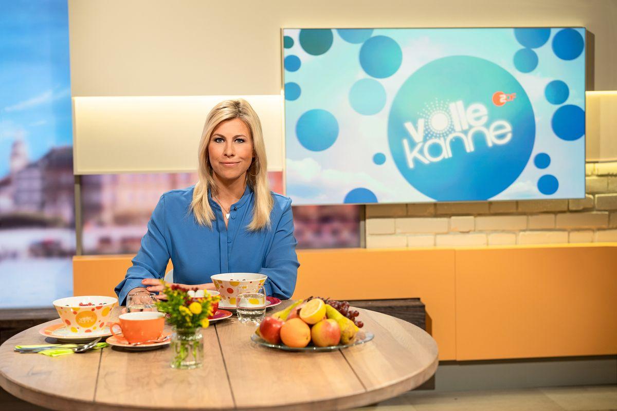 """Seit 2009 ist Nadine Krüger als Moderatorin für """"Volle Kanne - Service täglich"""" im Einsatz. Daran soll sich auch in Zukunft nichts ändern."""