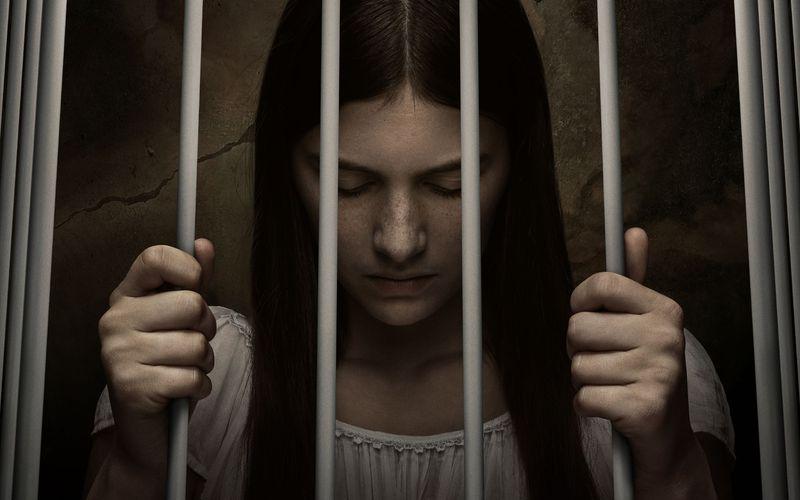 """Spannung in Serie: M. Night Shyamalans """"Servant"""" geht bei AppleTV+ am 15. Januar weiter. Wie es wohl um das Schicksal von Kindermädchen Leanne (Nell Tiger Free) bestellt ist?"""