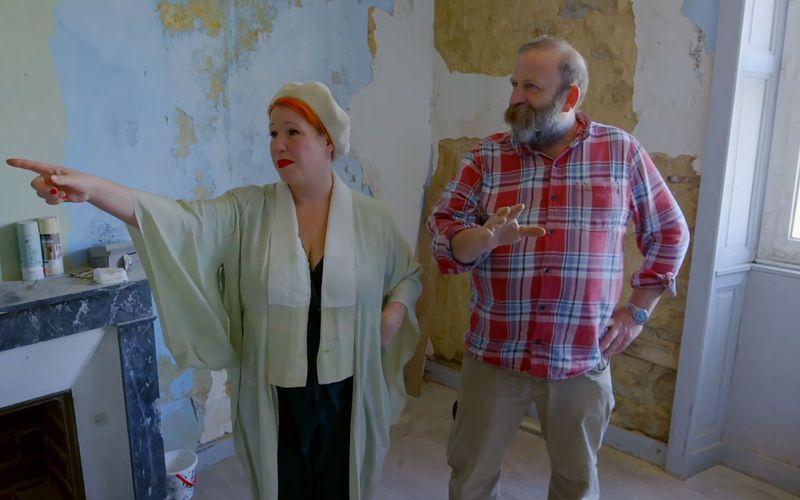 Innerhalb eines Jahre möchten Angel und Dick ihr neues Heim auf Vordermann bringen. Bei über einem Hektar Land und insgesamt 45 Zimmern bedeutet das vor allem eines: viel Arbeit.