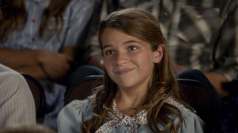 Sheldons Schwester Missy Cooper (Raegan Revord) ist aus einem ganz anderen Holz geschnitzt als ihr Bruder. Sie ist zwar nicht hyperintelligent, dafür bei Zwischenmenschlichem nicht so unbeholfen.