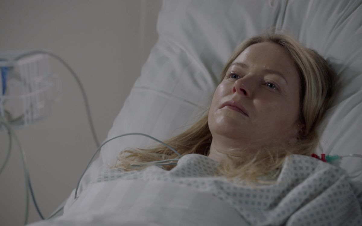 """Nach acht Jahren wacht Melanie Evers (Diana Staehly) in der RTL-Daily """"Gute Zeiten, schlechte Zeiten"""" aus dem Koma auf."""