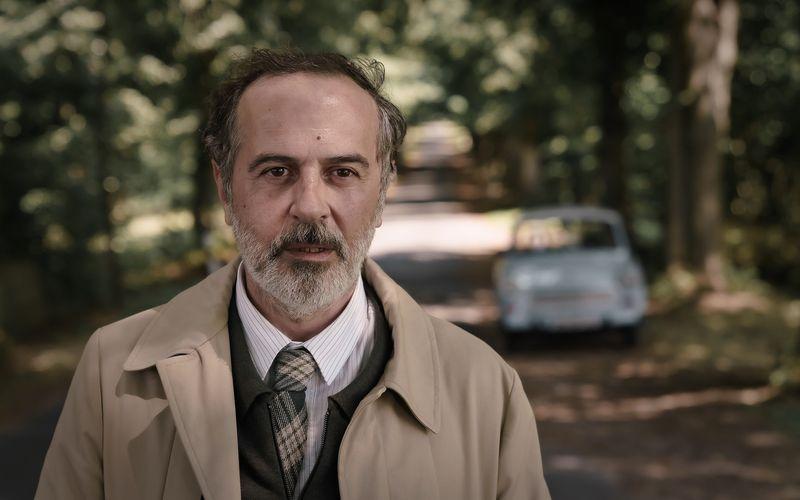 """In der neuen sechsteiligen ZDF-Serie """"Doktor Ballouz"""" spielt Merab Ninidze einen höchst unkonventionellen Chefarzt."""