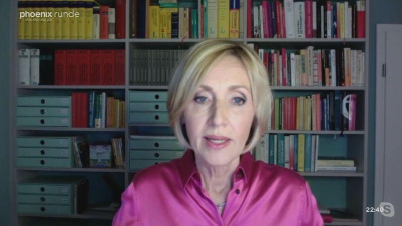 """Petra Gerster erklärte per Videoschalte, sie bekomme """"Haufenweise Post und muss Briefe beantworten, wütende Briefe, vor allem von Männern""""."""
