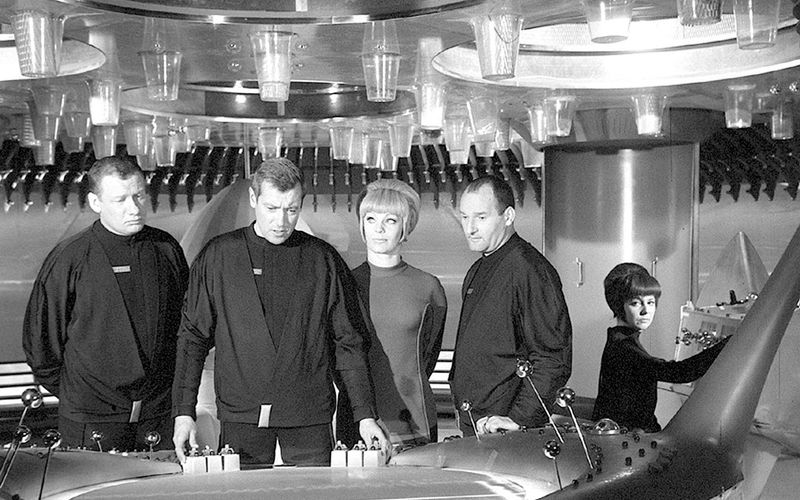 """Binnen weniger Folgen erlangte die Original-Besatzung der """"Raumpatrouille Orion"""" Kult-Status (von links): Wolfgang Völz, Dietmar Schönherr, Eva Pflug, Friedrich G. Beckhaus und Ursula Lillig."""