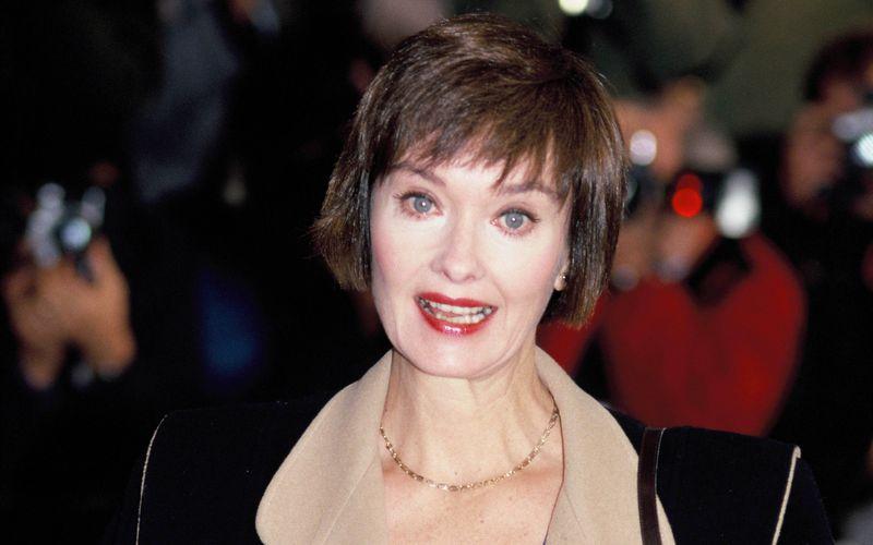 """Am Mittwoch erlag die englische Schauspielerin Nicola Pagett einem Gehirntumor. Britischen Fernsehzuschauern war sie vor allem in der Rolle der Elizabeth Bellamy aus """"Upstairs, Downstairs"""" bekannt."""