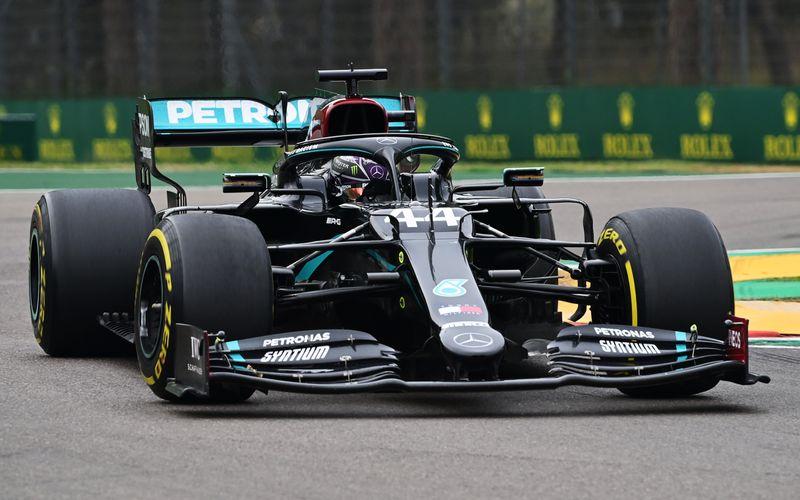 Ob Lewis Hamilton seinen Titel als Formel-1-Weltmeister im Mercedes verteidigen kann? Beim Großen Preis der Emilia Romagna in Imola am 18. April können sich auch Motorsport-Fans ohne Sky-Abo bei RTL von seiner Form überzeugen.
