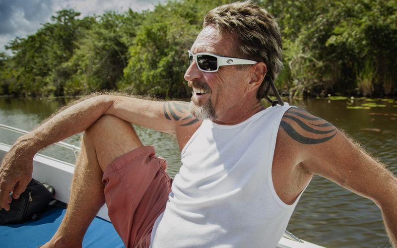Seit 2008 lebte John McAfee in Belize, wo sich schließlich auch der Mord an seinem Nachbarn ereignete.