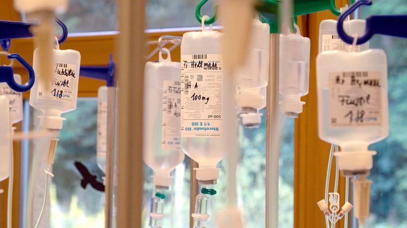 Immer mehr neue Medikamente gegen Krebs werden immer schneller zugelassen. Die richtige Strategie, um Leben zu retten?