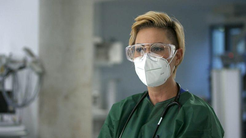 Als Oberärztin an der Uniklinik Essen ist Carola Holzner stets an erster Stelle, wenn Patienten in die Notaufnahme kommen.
