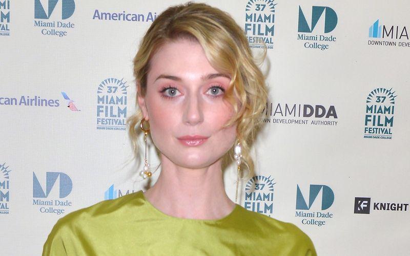"""Sie ist die neue Lady Diana: Elizabeth Debicki, unter anderem bekannt durch den Nolan-Thriller """"Tenet"""", übernimmt die Rolle der prominenten und früh verstorbenen Prinzessin."""