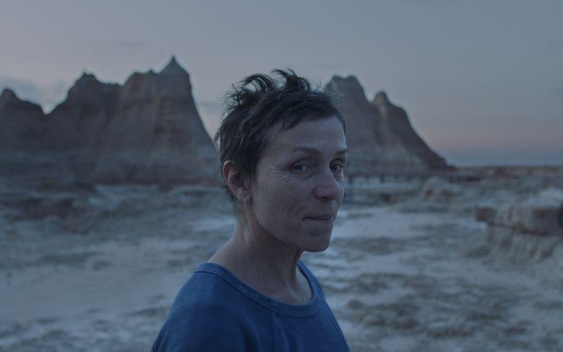 """""""Nomadland"""" war der Gewinner der diesjährigen BAFTAs: Neben Preisen als bester Film, für die beste Regie und für die beste Kameraarbeit konnte sich Frances McDormand über eine Auszeichnung als beste Hauptdarstellerin freuen."""