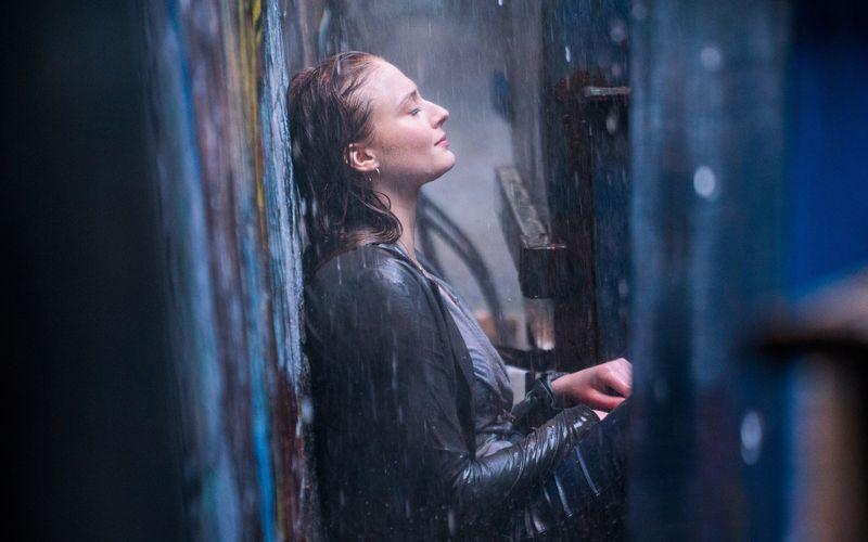Jean Grey (Sophie Turner) ist zum Dark Phoenix geworden.