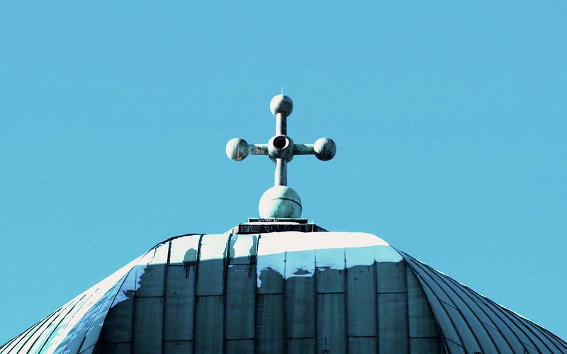 Seit Jahren sinkt das Vertrauen in die katholische Kirche. Der Grund: die Missbrauchsvorwürfe der vergangenen Jahre.