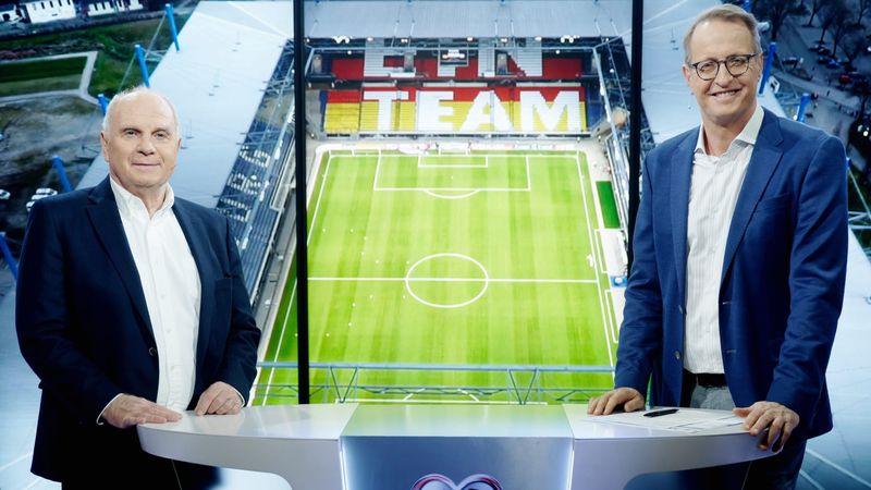 Uli Hoeneß (links) hängt seine Expertentätigkeit bei RTL an den Nagel. Wer künftig an der Seite von Florian König die Spiele der DFB-Elf begleitet, ist noch unklar.