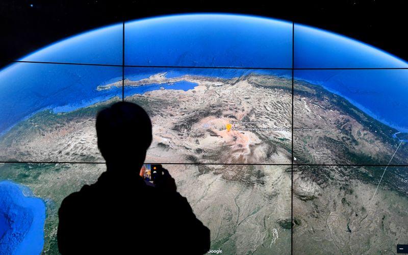 Via Google Earth ist ab sofort nicht nur ein Blick aus der Vogelperspektive auf die Erde möglich, sondern auch ein Zeitraffervideo abrufbar, dass die Veränderung der Erde seit 1984 zeigt.
