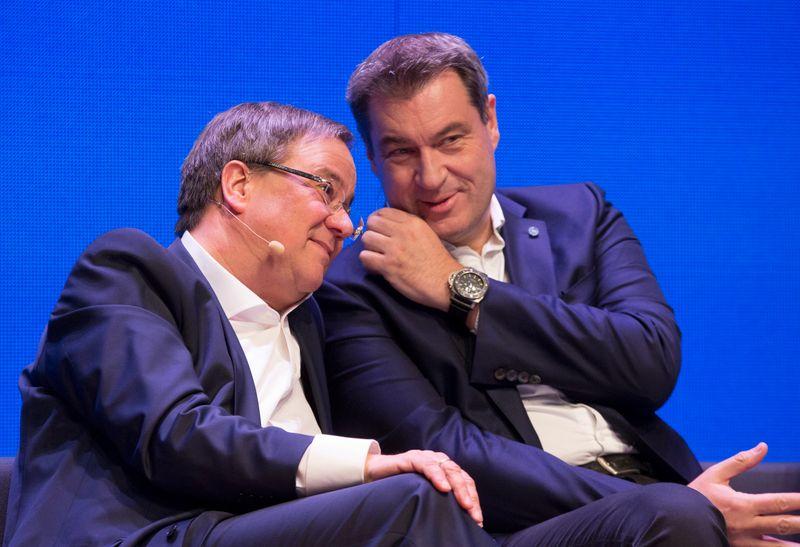 In der Kanzlerfrage sehen die Deutschen Markus Söder (rechts) als den deutlich geeigneteren Kandidaten im Vergleich zu Armin Laschet.