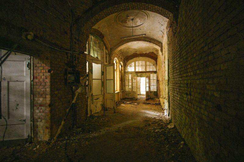 Im Gruselambiente der Beelitz-Heilstätten kamen bereits drei Menschen zu Tode.
