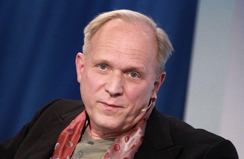 """Auch """"Tatort""""-Star Ulrich Tukur kritisierte in einem satirisch gemeinten Video die Corona-Maßnahmen."""