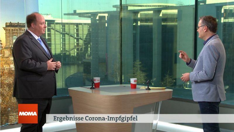 Michael Strempel (rechts) diskutierte mit Helge Braun über die Ergebnisse des Impfgipfels.