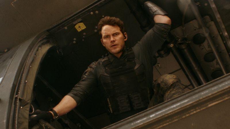 """Chris Pratt spielt die Hauptrolle in Amazons Science-Fiction-Film """"The Tomorrow War"""", der am 2. Juli startet."""