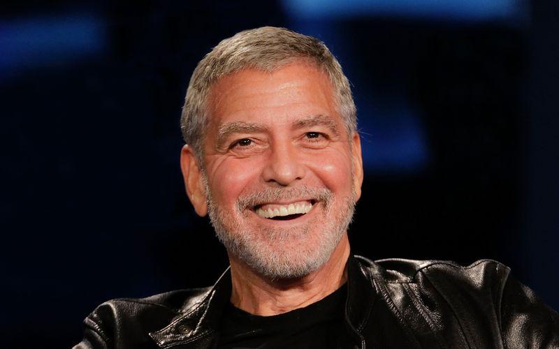 Dass er über sich selbst lachen kann, beweist George Clooney mit einem neuen Video für den guten Zweck.