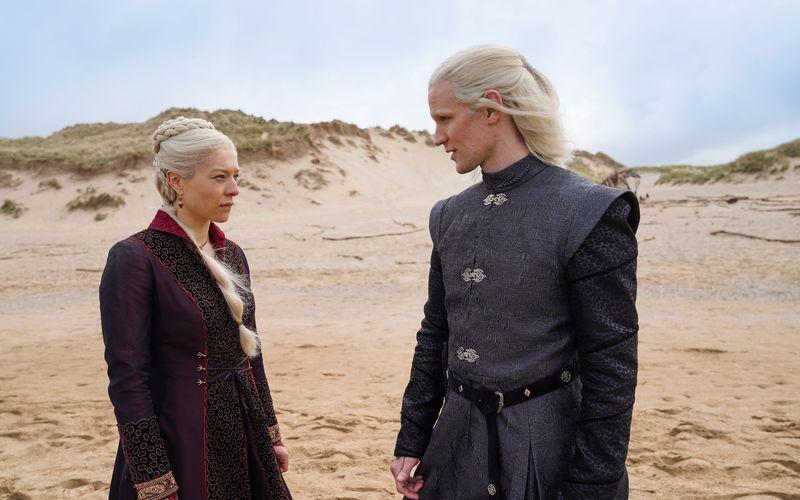 """In """"House of the Dragon"""" steht das Haus Targaryen im Mittelpunkt. Emma D'Arcy ist als Prinzessin Rhaenyra Targaryen zu sehen, Matt Smith übernimmt die Rolle des Daemon Targaryen."""