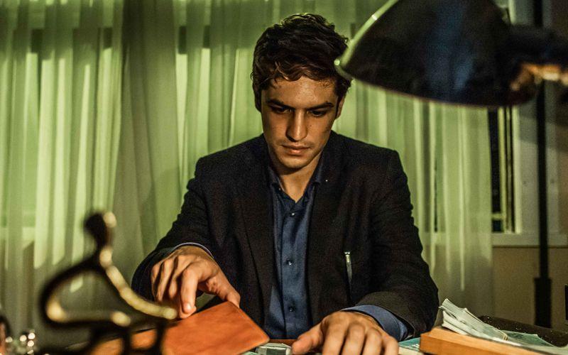 Pedro Dom (Gabriel Leone) hat in der Drogenszene von Rio de Janeiro das Sagen.