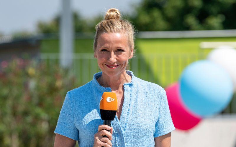"""Andrea Kiewel kündigte am Sonntag eine besondere Ausgabe des """"ZDF-Fernsehgarten"""" im September an."""
