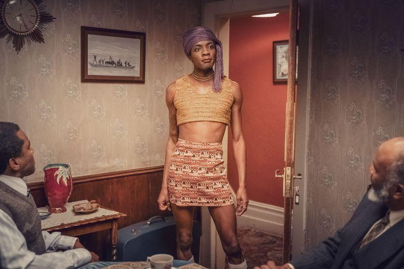 """Weil seine Eltern ihn von seiner Homosexualität """"heilen"""" wollen, verlässt Roscoe (Omari Douglas) seine Familie."""