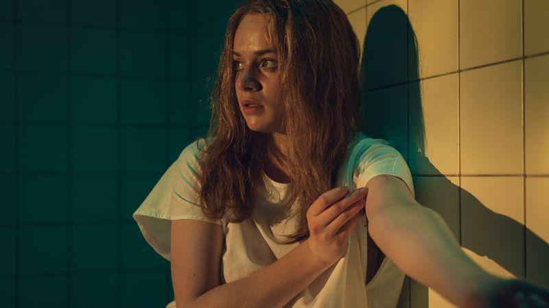"""Mia (Luna Wedler) hat in den neuen Folgen von """"Biohackers"""" mit Amnesie zu kämpfen."""