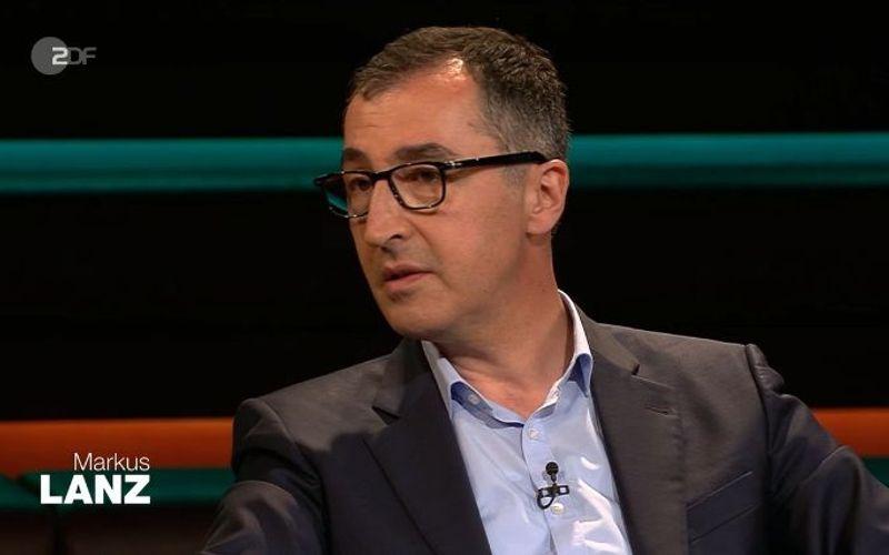 """Cem Özdemir (Grüne) verspricht bei """"Markus Lanz"""" Besserung: """"Wir haben in der Vergangenheit bei anderen über die Stränge geschlagen, die moralische Latte unglaublich hoch gehängt""""."""