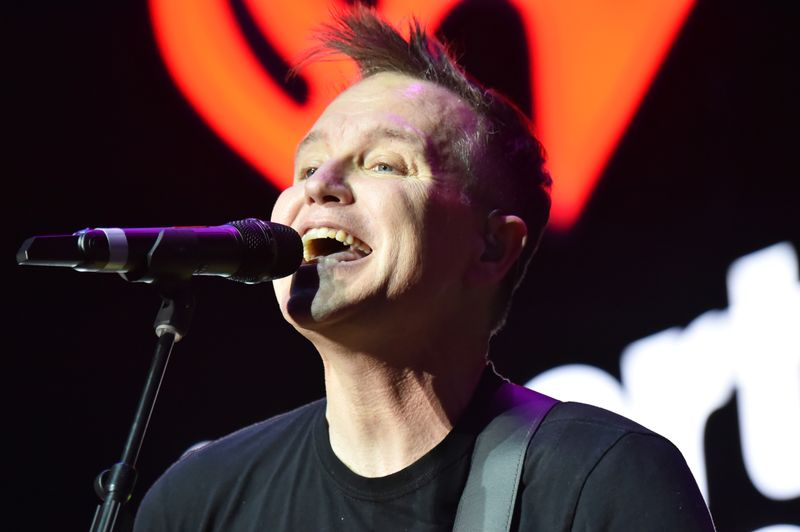 Der Blink-182-Musiker Mark Hoppus hat den Krebs besiegt.