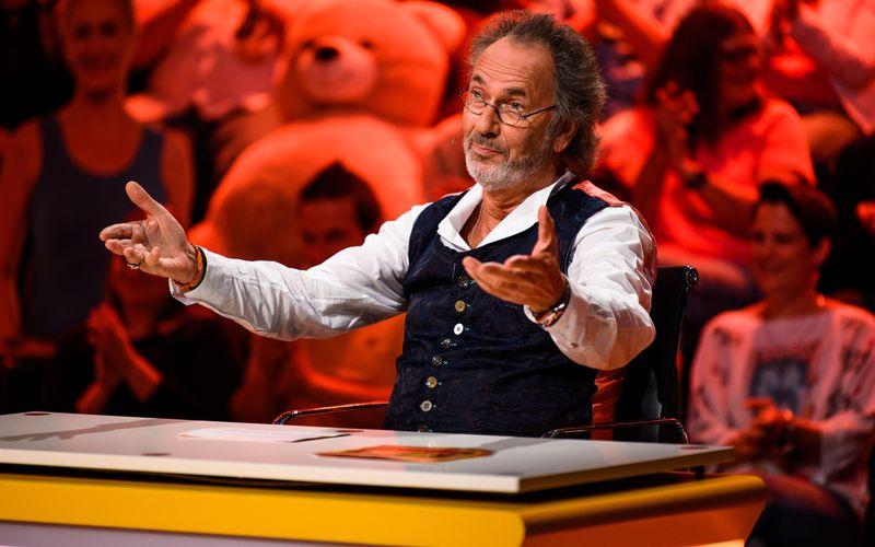 "Hugo Egon Balder wird dem beliebten SAT.1-Format ""Genial daneben"" bald den Rücken kehren."