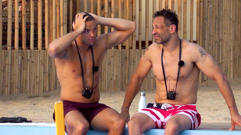 """Nachschub bei """"Kampf der Realitystars"""" (RTLZWEI): Ex-""""Bachelor"""" Andrej Mangold (links) und Ex-Hardrocker Evil Jared verstärken die Insulanerbande."""