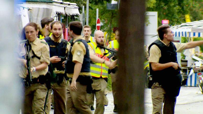 """Die Dokumentation """"Amoklauf München: Eine Stadt in Angst"""" zeichnet das Attentat vom 22. Juli 2016 im Olympia-Einkaufszentrum minutiös nach."""