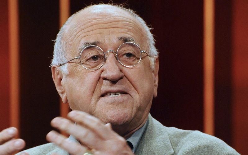 Ein Großer der deutschen Fernsehunterhaltung ist gegangen: Alfred Biolek verstarb im Alter von 87 Jahren.