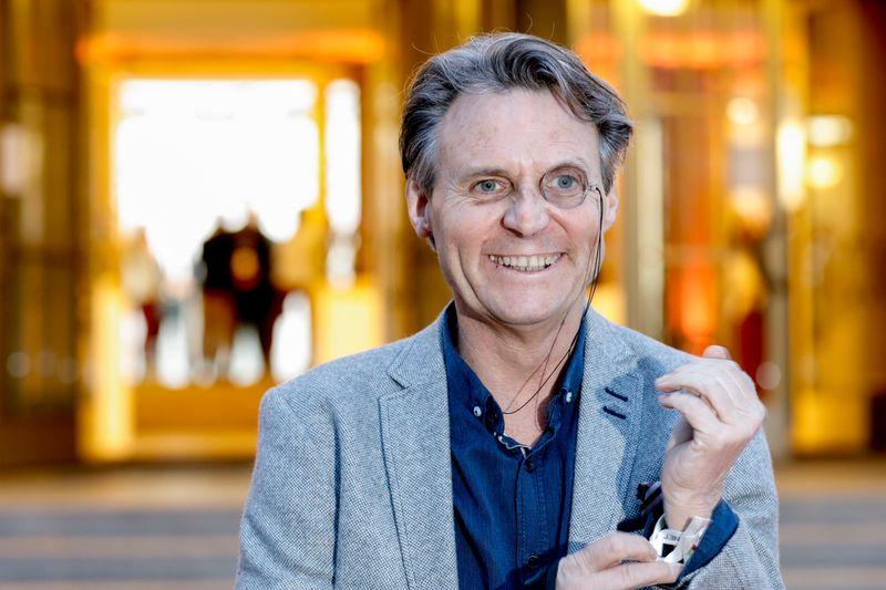 """GZSZ-Schauspieler Wolfgang Bahro ist nun Teil der Corona-Impfkampagne """"Deutschland krempelt die Ärmel hoch""""."""