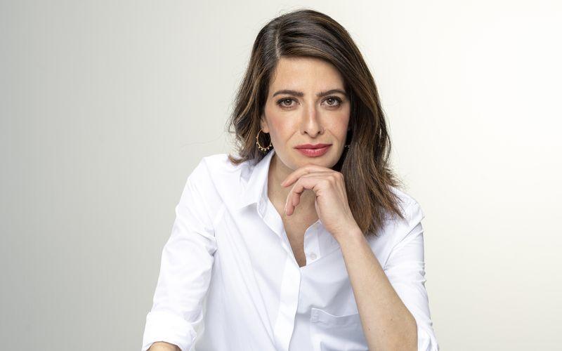 """Linda Zervakis wird durch das dritte Fernseh-""""Triell"""" führen."""
