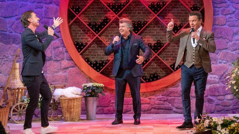 Stars wie Florian Silbereisen (links) und Stefan Mross (rechts) feiern gemeinsam mit Andy Borg.